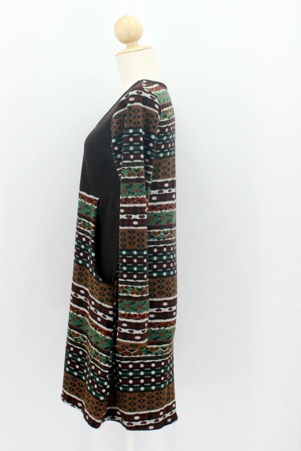 Langärmliges Kleid mit Taschen, braun - crystalbay